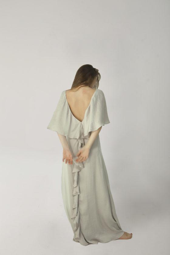 vestido melenas gris